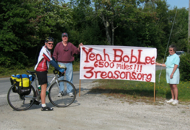 Bob Lee Making Friends on the Road During his 2007 Ride for 3 Reasons