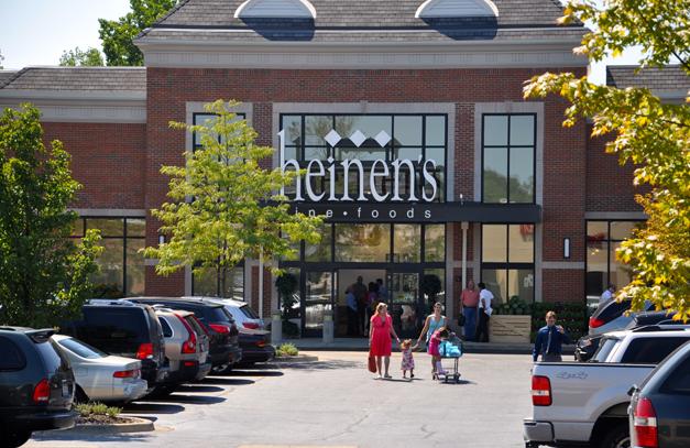Heinen's Fine Foods - 500 N. Hough Street in Barrington, Illinois