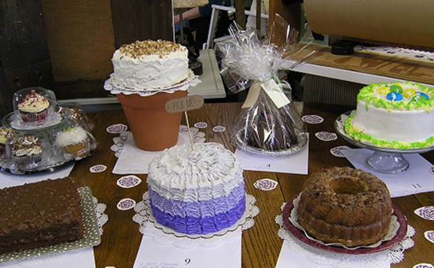 Relay for Life Cake Auction at Norton's U.S.A. - Courtesy of Norton's