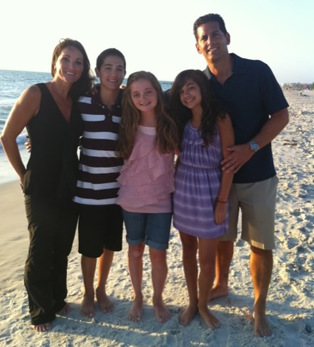 Sharyn and Solly DeLaurentis with their 3 Children - Courtesy of the DeLaurentis Family