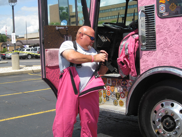 Pink Heals Firetruck Tour Stops at Advocate Good Shepherd Hospital in Barrington