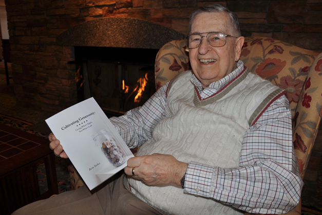 Rem Stokes with his new book at The Garlands of Barrington - Photographed by Liz Luby