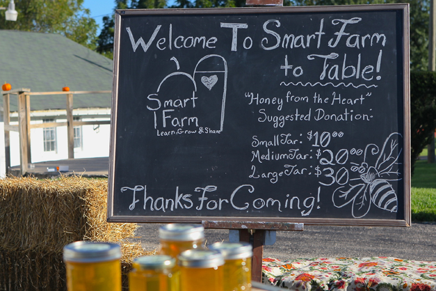 Smart Farm Hosts First Farm to Table Dinner - Photographed by Julie Linnekin