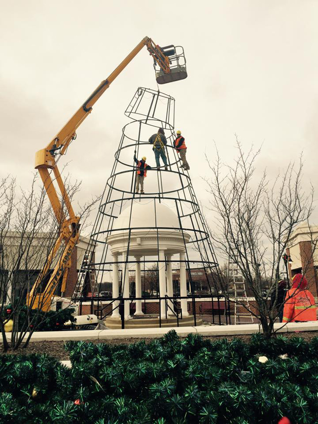 Giant Christmas Tree Erected for the Holiday Season and Santa's Return to Deer Park Town Center at 6 p.m. on Friday November 7th, 2014