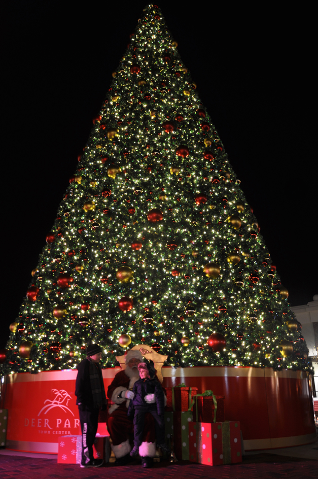 New 42-foot Christmas Tree at Deer Park Town Center