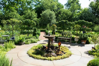 2015 Barrington Country Antique & Garden Faire - Photo by Christina Pawlak