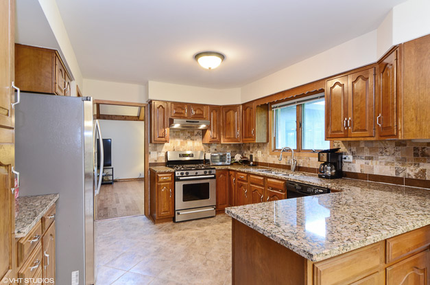 Post - 21601 Inglenook Lane-3