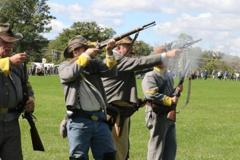 Post - Barrington Sesquicentennial Civil War Reenactment-123