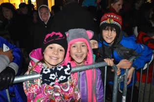 Post 900 - Deer Park Town Center Santa Arrival Tree Lighting 2015-24