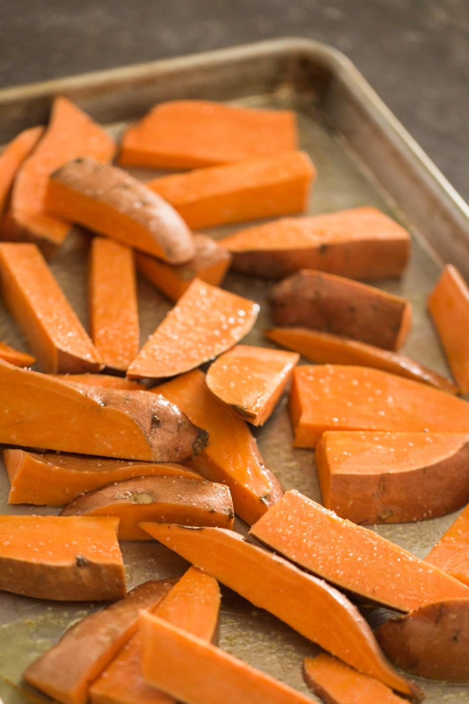 Heinens_4pmpanic_sweetpotato_onion-5352
