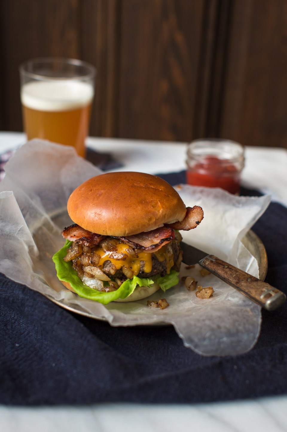 heinens_4pmpanic_Whiskey_burger-8809