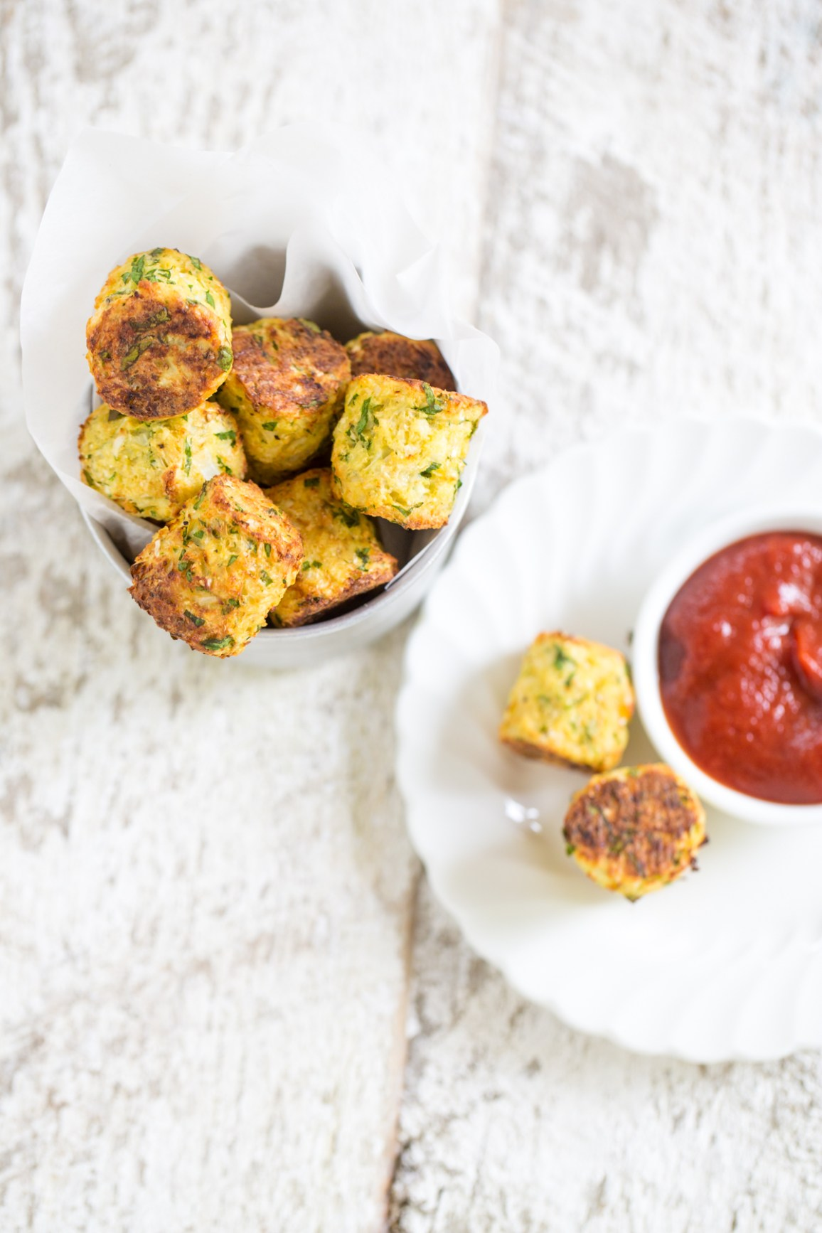 Heinens_veggie_power_tots_tableanddish-5214