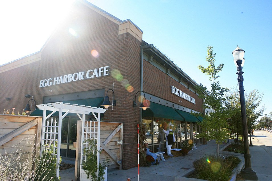 Egg Harbor Café | 125 West Main Street - Barrington, IL 60010
