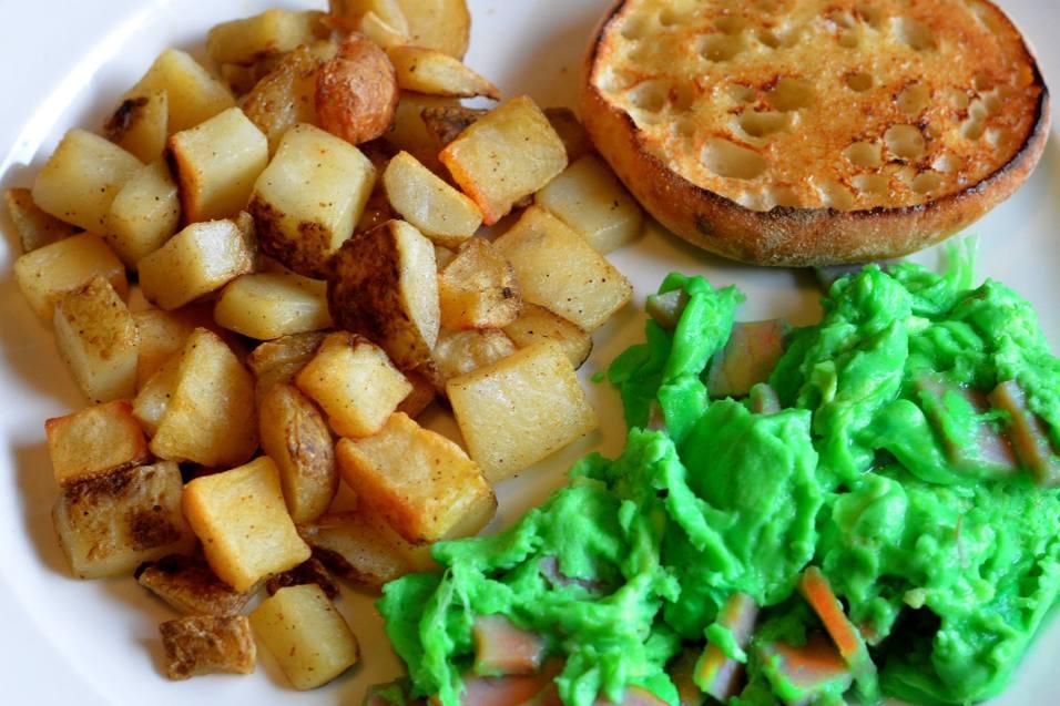 Egg Harbor Cafe's Green Eggs & Ham
