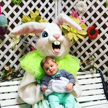 Easter Bunny Ice House Mall - 6