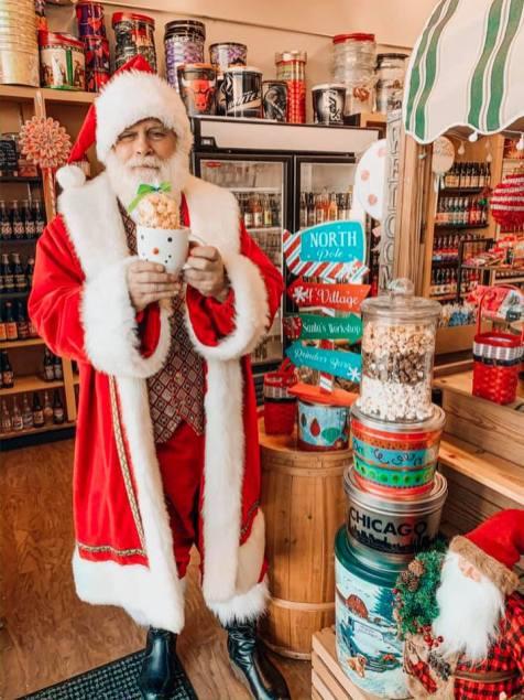 Arboretum of South Barrington - 12 Days of Christmas - Day 5 - Popcorn Cart