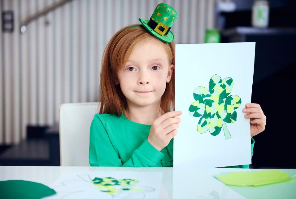 Portrait of child showing complete decoration