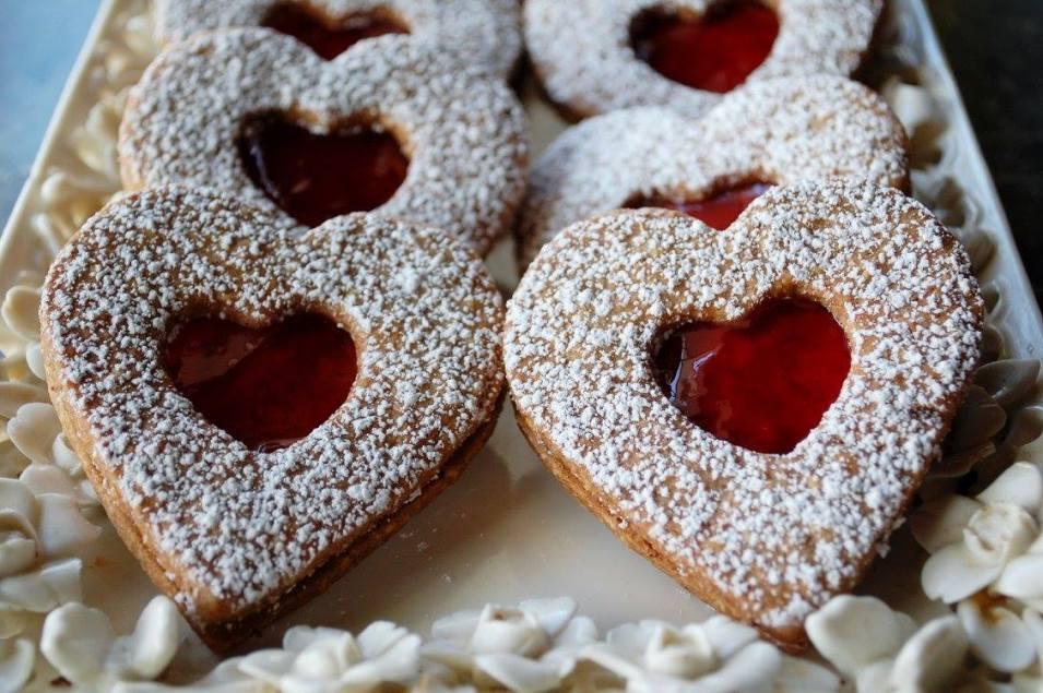 Ambrosia Patisserie Valentine Special - Linzer