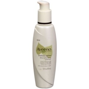 Aveeno Active Naturals Positively Ageless Daily Exfoliating Cleanser