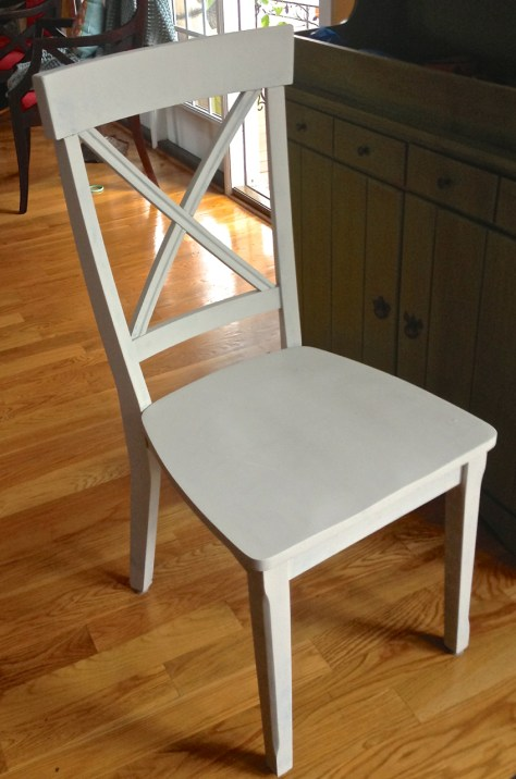 chalky paint chair after