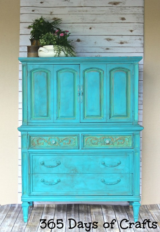 fab furniture flip chalky paint