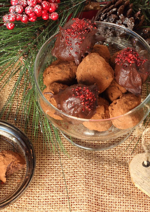 These Chocolate Mayan Truffles have a little surprise for you.  But you won't know it until right at the end. Then it jumps out and hits you right in the taste buds.  | 365 Days of Easy Recipes