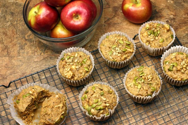 These Sugar Free Harvest Apple Muffins are packed with chia seeds, pumpkin seeds and sunflower seeds | 365 Days of Easy Recipes