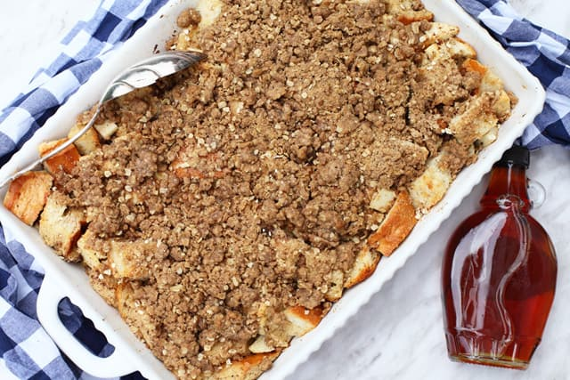 Apple Crumble Pie Baked French Toast - the perfect overnight breakfast for Christmas morning or for those lazy weekend starts