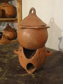 Assia-pottery-healthy-pottery-2_041213.jpg.ashx