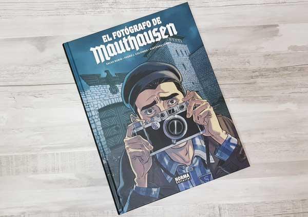 Mauthausen photographer's comic reviews
