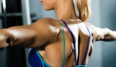 proper-barbell-and-dumbbell-rows-for-a-strong-sexy-back