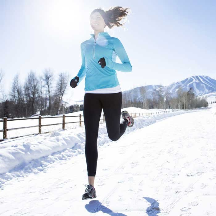 running-women-winter