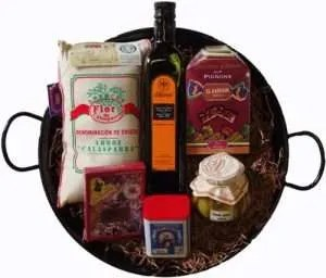 Foodie gift ideas, Paella Gift Set with Spanish Delicacies