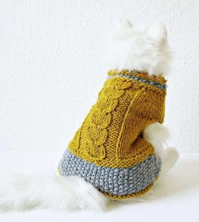 christmas cat gifts, Yellow amd grey cat sweater