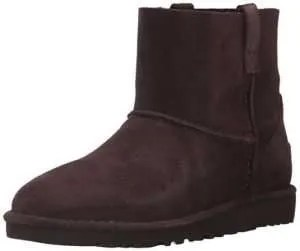 cold weather gift ideas, Ugg's Classic Booty