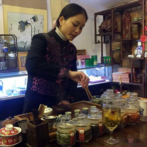 teaceremonia_ helloVilag_Shanghai-620x620_365letszikra