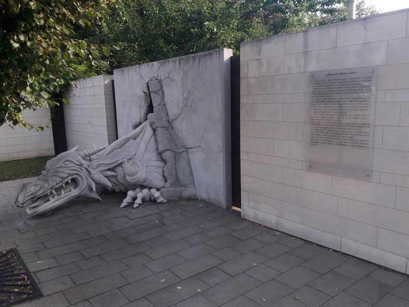Nyírbátor szobor