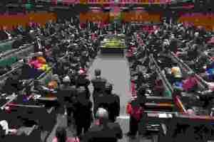 Ύστατες προσπάθειες Μέι για συμφωνία Brexit | Media Center | DW