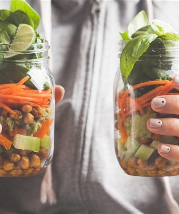 9 λαχανικά πλούσια σε φυτική πρωτείνη για να νιώθεις χορτάτη με μικρότερη ποσότητα φαγητού