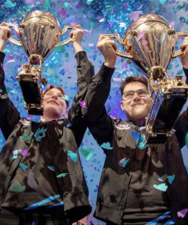 Έφηβοι έγιναν εκατομμυριούχοι παίζοντας Fortnite