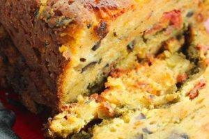 Κέικ με ζαμπόν και λαχανικά