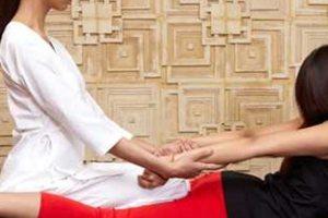 Τhai massage: Η γιόγκα του... τεμπέλη!