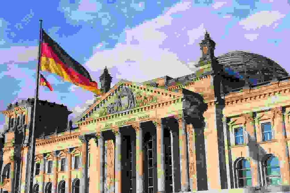 Γερμανική οικονομία: Η συρρίκνωσή της τρομάζει την Ευρώπη - Ειδήσεις - νέα - Το Βήμα Online
