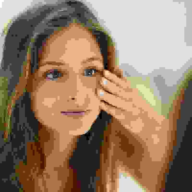 Μαύροι κύκλοι στα μάτια: Οι αιτίες, τι θα κάνεις μόνη σου και τι με το γιατρό σου - Shape.gr