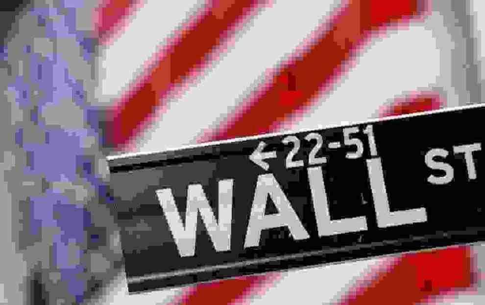 Οι ανησυχίες για επερχόμενη ύφεση βύθισαν τους δείκτες της Wall Street