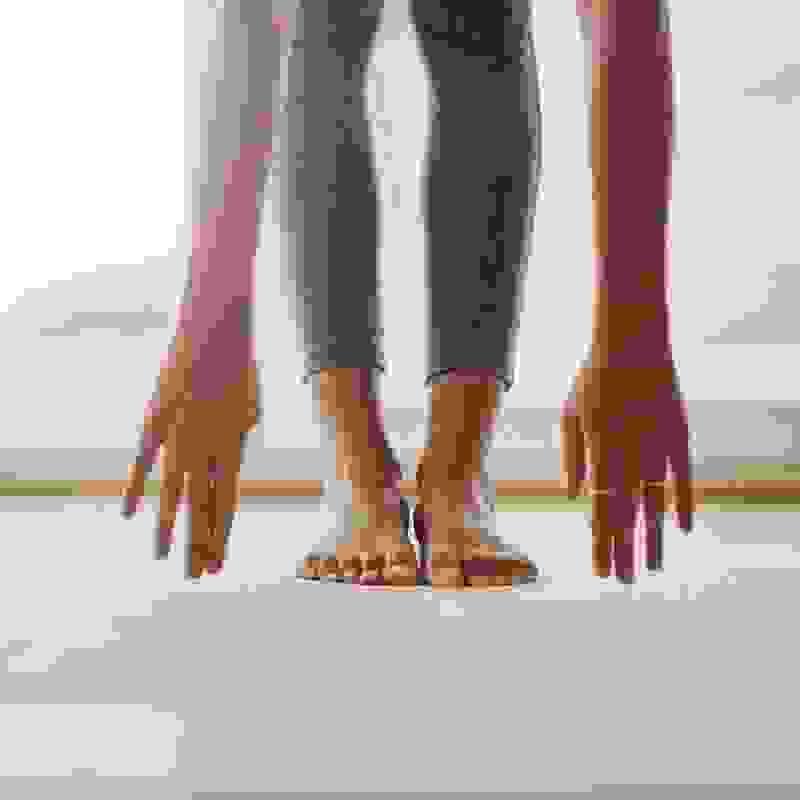 Low impact άσκηση: Τα προγράμματα χαμηλής πρόσκρουσης και πότε να τα επιλέξεις (αν θες γράμμωση, απώλεια βάρους ή ευλυγισία;) - Shape.gr