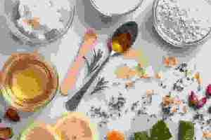 Λάδι καρύδας, jojoba, argan: Μάθε τι προσφέρουν τα 10 πιο γνωστά φυτικά συστατικά καλλυντικών - Shape.gr