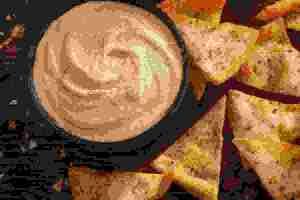 Συνταγή για χούμους από πικάντικες κόκκινες φακές - Shape.gr