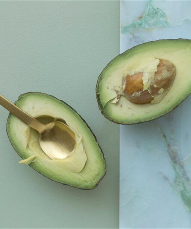 Είσαι εθισμένη στο avocado; 5 λόγοι που αυτό το φρούτο σου κάνει καλό