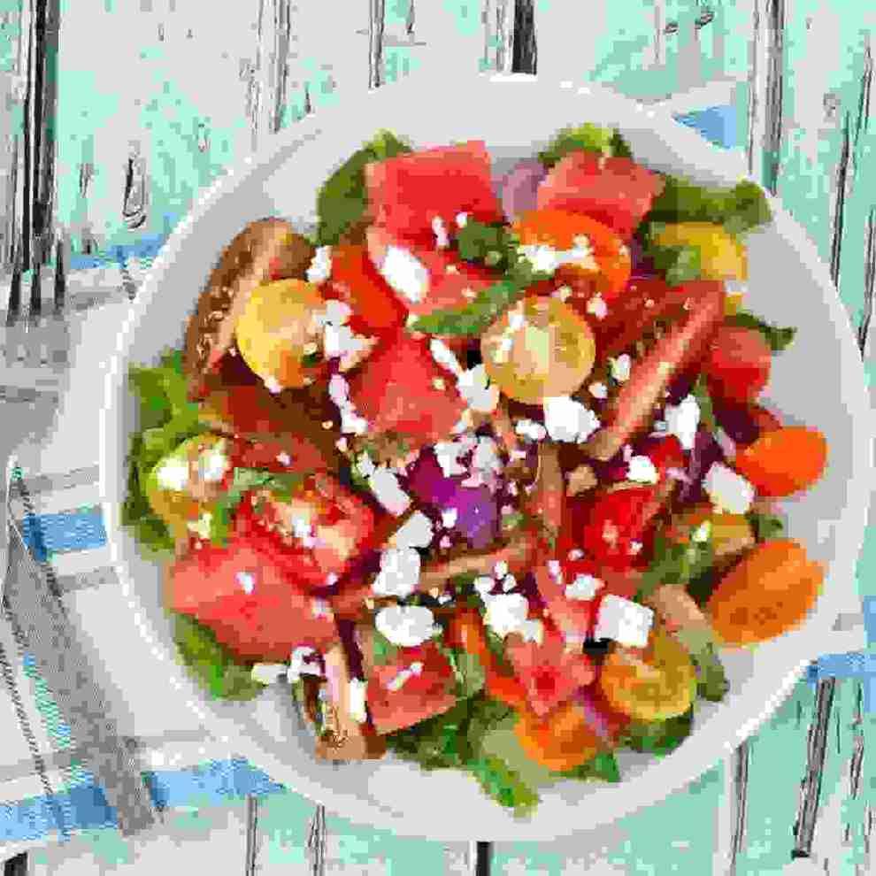 Μεσογειακή διατροφή: Οι βασικές τροφές της για να βάλεις στο πρόγραμμά σου (αν θέλεις να την ακολουθήσεις)